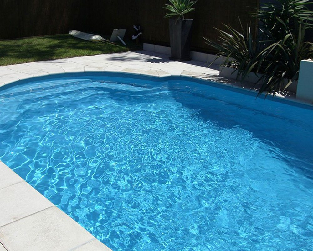DIY Swimming Pools' Classic 8 Water Spice Pool Design