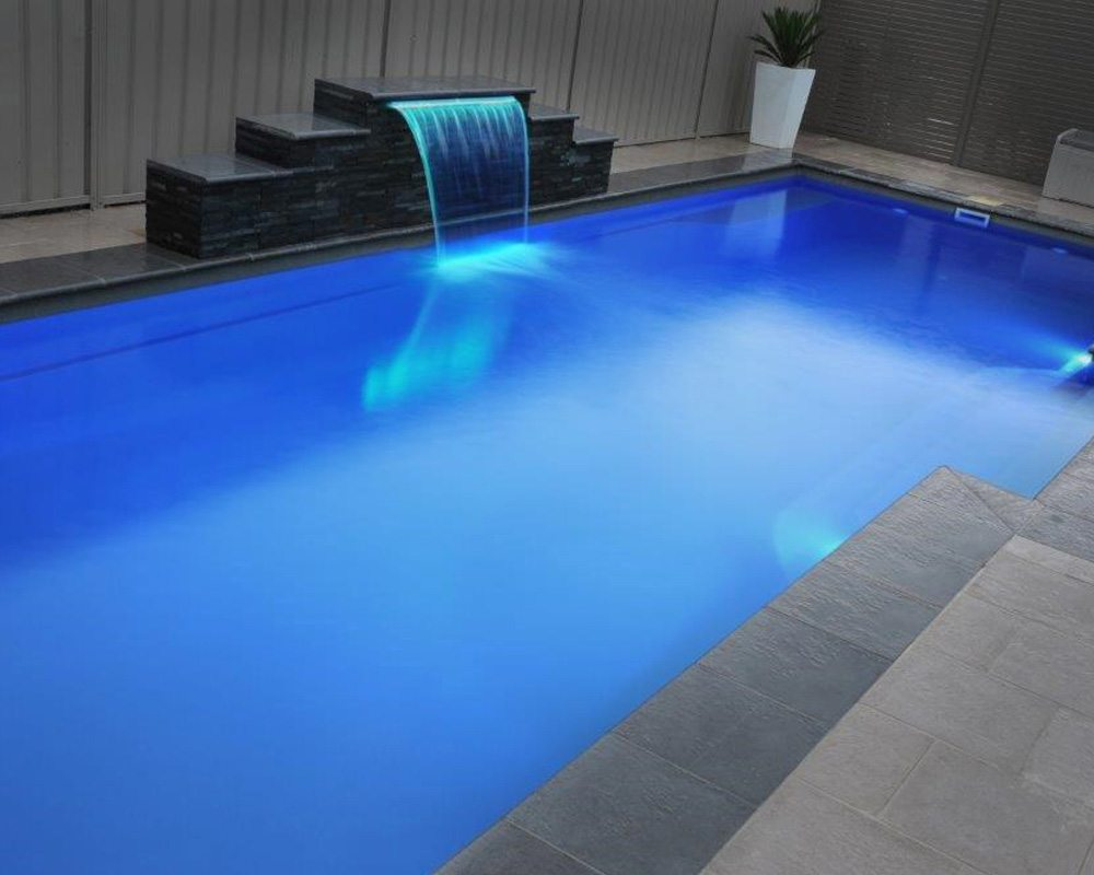 DIY Swimming Pools' Cosmo 6 Ocean Blue Pool Design