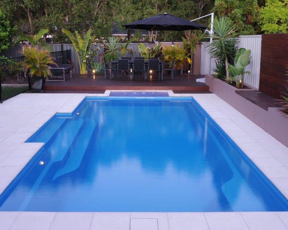 DIY Swimming Pools' Cosmo 11 Pacific Blue Pool Design